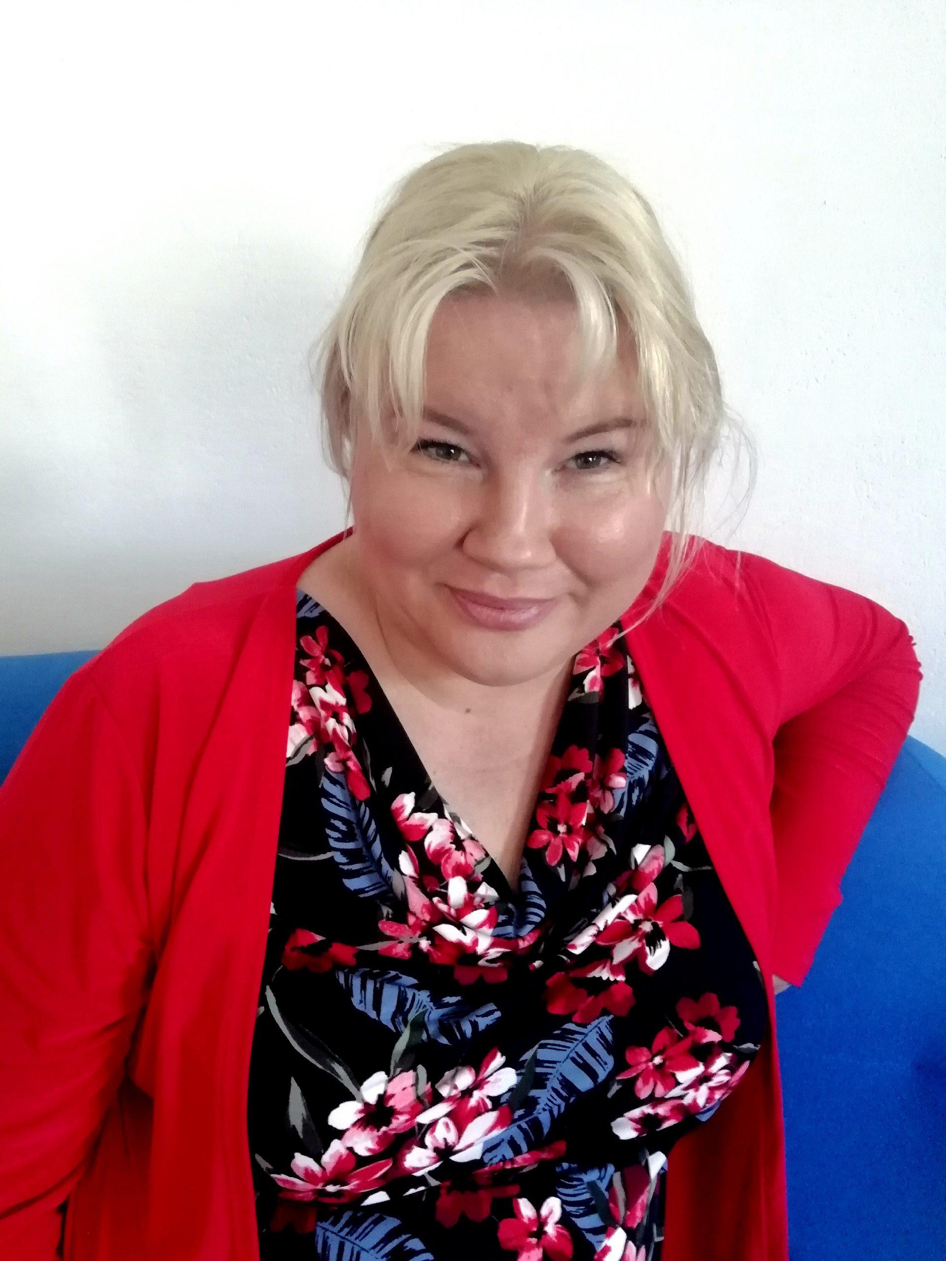 Nina Mav Hrovat